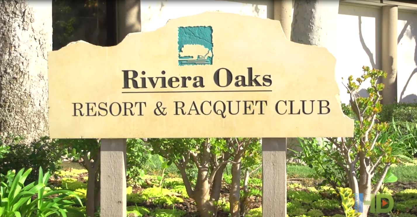 �Riviera Oaks Resort & Racquet Club