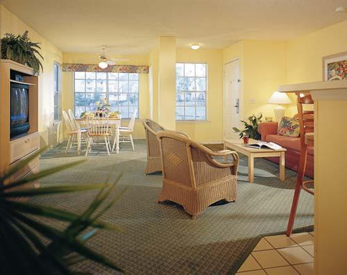 Rent timeshare at Oak Plantation Vacation Ownership Resort