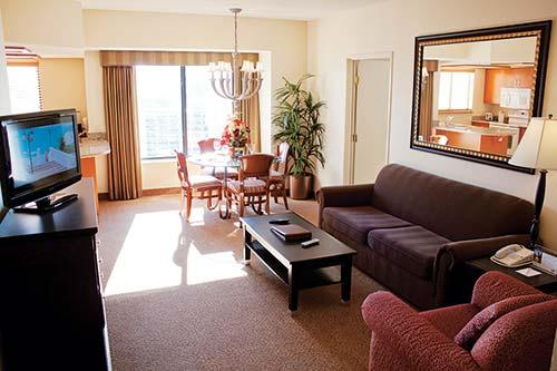 Interval international resort directory polo towers suites and polo towers villas for 4 bedroom suite las vegas strip