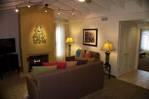 Rent timeshare at Scottsdale Camelback Resort