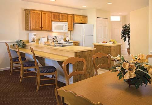 Interval international resort directory wyndham governor 39 s green for 2 bedroom hotel suites in richmond va