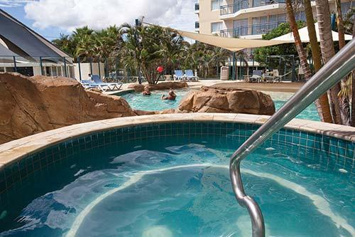 Description Amenities Map Weather Wyndham Vacation Resorts Asia Pacific Kirra Beach Is Situated